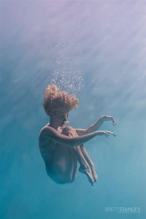 auckland  zealand underwater glamour photoshoot brett stanley  underwater photographer