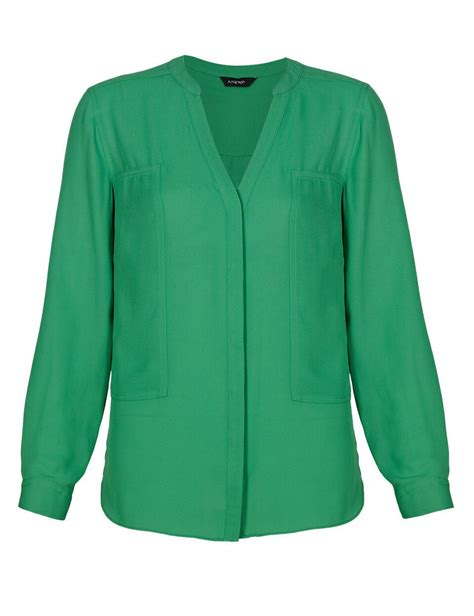 Morning Whistle V Neck T Shirt Army Green patsy kensit green blouse spotted tv