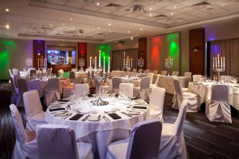 holiday inn oxford christmas party venue christmas day