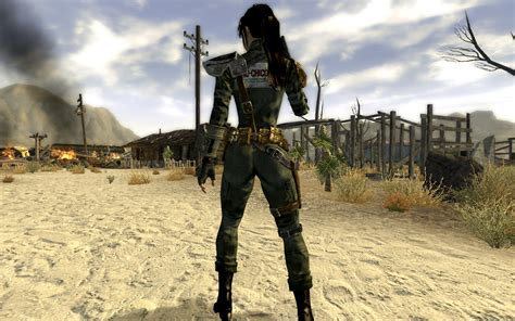 fallout new vegas lovers lab mod petro chico jumpsuit and armor for type3 type6 and type6m
