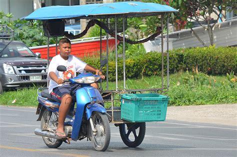 Motorrad Mit Beiwagen Helmpflicht by Mopedfreu N De Petanque In Phuket