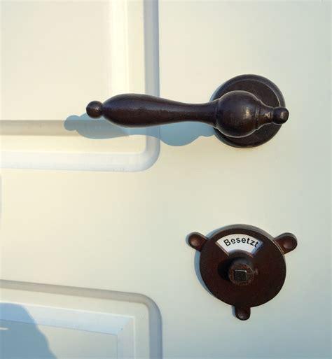 wie schreibt toilette f 252 r das renovieren hervorragend geeignet am w c der