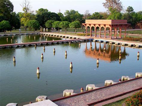 Shalimar Gardens shalimar gardens lahore images and detail