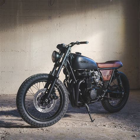 best bike seat for big 25 best ideas about cafe racers on cafe racer