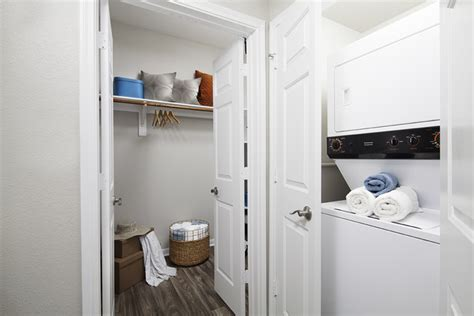 Apartments In Dallas With Washer And Dryer Neo Midtown Apartments Dallas Tx Apartment Finder
