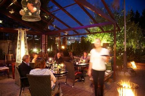 Restaurant Alte Scheune Glücksburg by K 252 Chenchef Mike D 228 Hmlow Kontrolliert Die Salatbar Bild