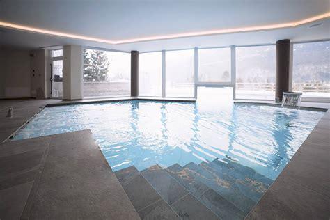 con piscina interna hotel in montagna con piscina esterna riscaldata hotel