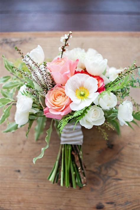 Simple Wedding Bouquets by Simple Winter Wedding Shoot By Confetti