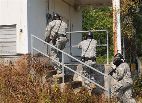 Social Security Office Minden La by Guard Conducts Anti Terrorism Exercise At C Minden