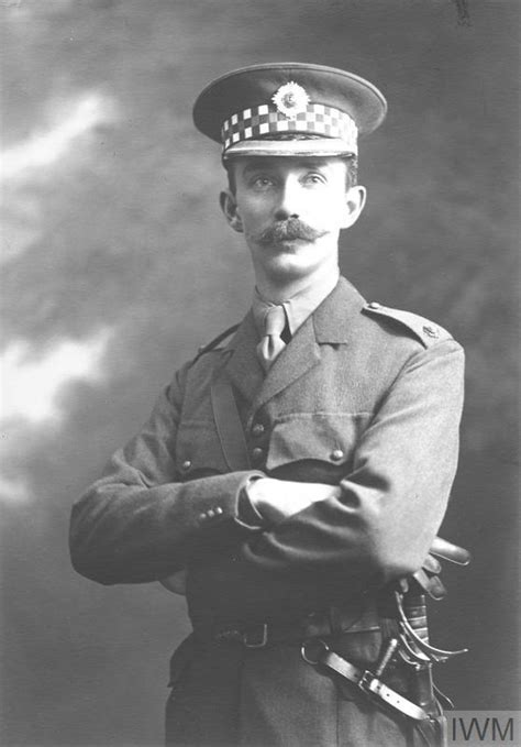 CAPTAIN SIDNEY ROBERT DRURY-LOWE   Imperial War Museums
