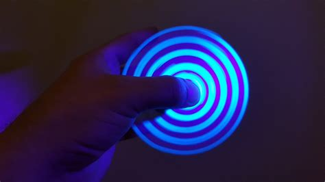 How To Make Light Blue by How To Make Fidget Spinner At Home Without Bearings Light Blue