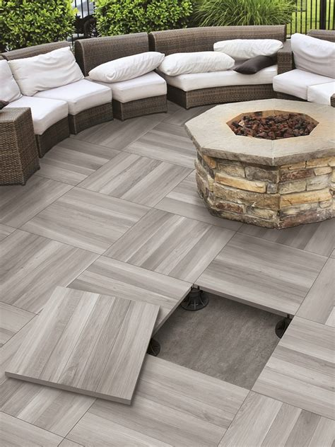 Patio Tile by Top 15 Outdoor Tile Ideas Trends For 2016 2017