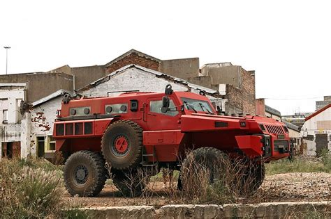 paramount marauder vs hummer facts about the marauder it s a monster fun facts cars
