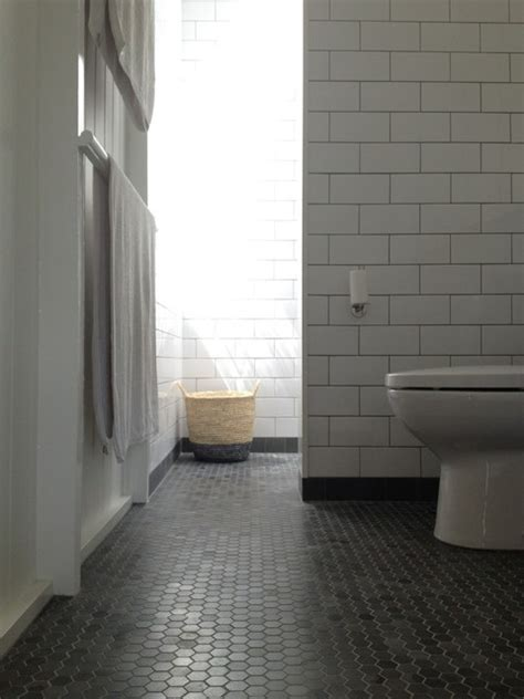Floor Tiles Brisbane by Bathroom Tiles Traditional Bathroom Brisbane By