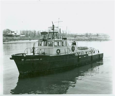 fireboat john glenn new york fdny boats 2