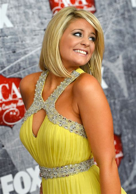country singer cut hair short more pics of lauren alaina mid length bob 6 of 19