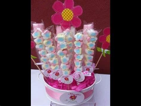 you tube como hacer arreglos con dulces y globos como hacer adornos con bombones youtube