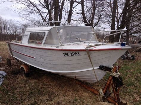small fishing boats kijiji 70 hp fishing boat 18 powerboats motorboats ottawa