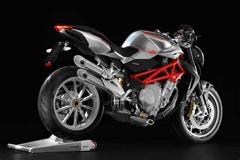 three flavors of mv agusta brutale 1090 asphalt rubber