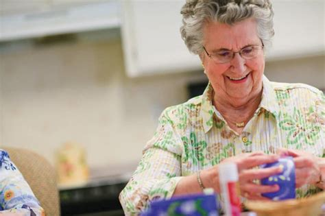just for fun for seniors for arts and craft for christmas ideas senior craft projects for with the elderly homeaide home care