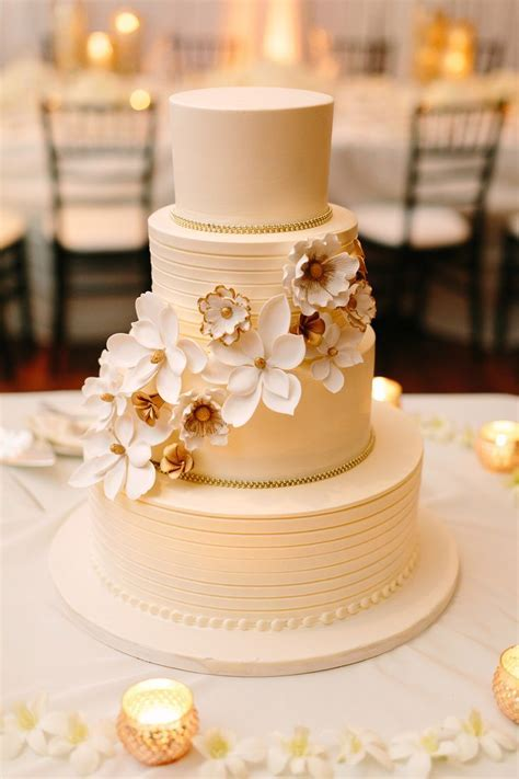 48 best images about Cake Decor on Pinterest   Wedding