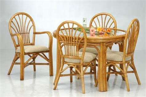 Bamboo Dining Room Furniture How To Make A Small Dining Place Spacious Dining Room Spacious Small Space Dining Rooms