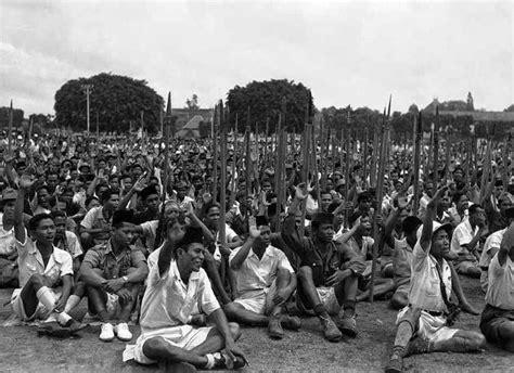 Baju Perju8angan Kemerdekaan Melawan Penjajah islam untuk memerdekakan indonesia filosofi burjo