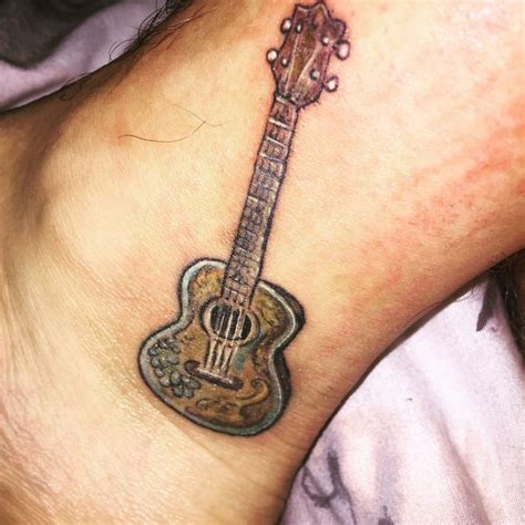 ukulele tattoo 25 beautiful ukulele ideas on stencils