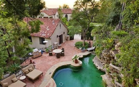 Katy Perry House by Katy Perry And Brand Buy New Home In The