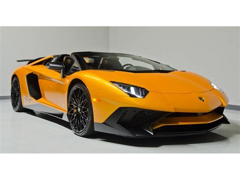 lamborghini aventador lp 750 4 superveloce sv roadster lamborghini aventador lp 750 4 superveloce roadster listed for 799 995 autoevolution