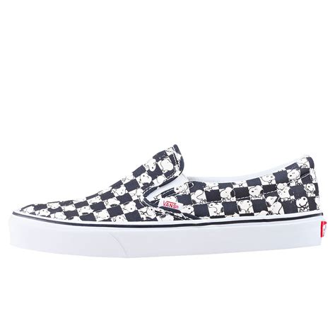 Vans X Peanuts Snoopy Checkerboard Slip On vans x peanuts cso snoopy checker unisex slip on in black white