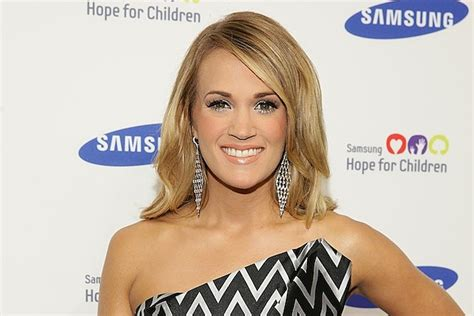 carrie underwood black cadillac carrie underwood producing two black cadillacs tv series
