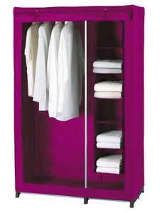 photos de l armoire a tissus 224 06000