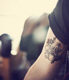 la dispute flower tattoo 1000 ideas about la dispute on nirvana