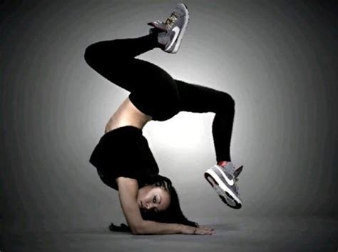 dance girl dance bgirl elbow freeze bboy bgirl pinterest style