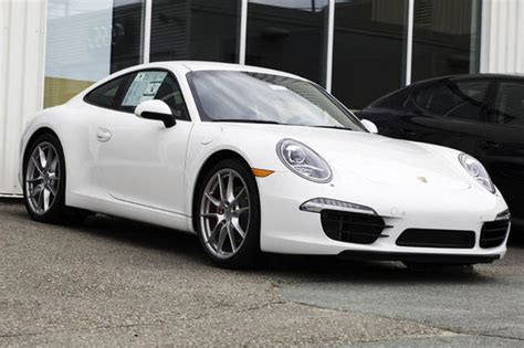 porsche sports car 7 reasons why the porsche 911 is still the sports car to