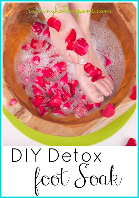 Foot Detox Soaks by Diy Detox Foot Soak Frugal Tips Tricks From Raining