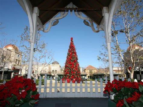 christmas in redlands ca gardens kicks holidays with snow and a jolly fellow redlands ca patch