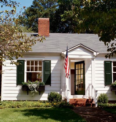choosing the right colors to paint the exterior of your house curbly
