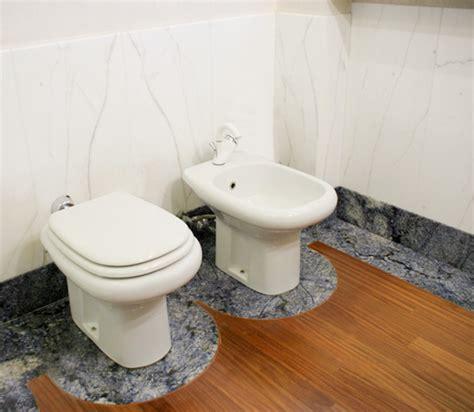 granit badezimmer granit badezimmer granitplatten f 252 r b 228 der graniti