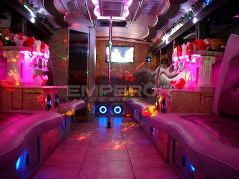 #1 Cheapest Party Bus Chicago Instant Email Quotes