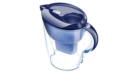 filtrare acqua rubinetto le caraffe per filtrare howmanytrees