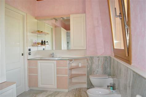 sta su piastrelle mobili bagno decape rosa duylinh for
