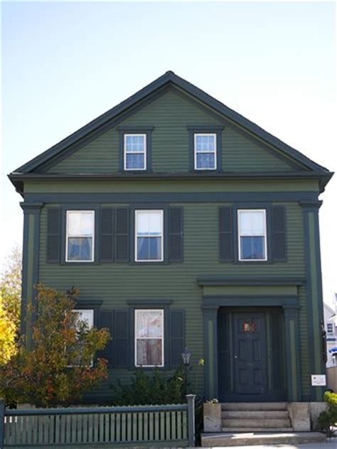 the lizzie borden house lizzie andrew borden picture of lizzie borden house fall river tripadvisor