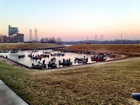 crestliner boats headquarters fishing headquarters flw recap a grand ole time