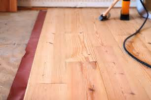 Diy Hardwood Floor Installation Tips For Diy Hardwood Floors Installation She Wears Many Hats
