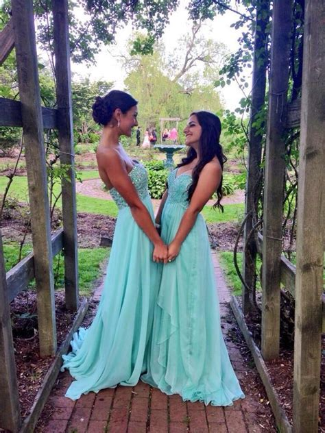Best friend prom pictures   Style   Pinterest   Wedding