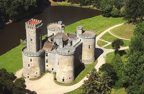 castle for sale ch 226 teau de montbrun