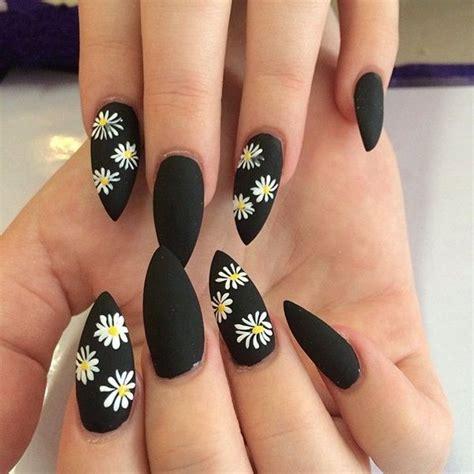 imagenes de uñas acrilicas puntiagudas las 25 mejores ideas sobre u 241 as ovaladas en pinterest