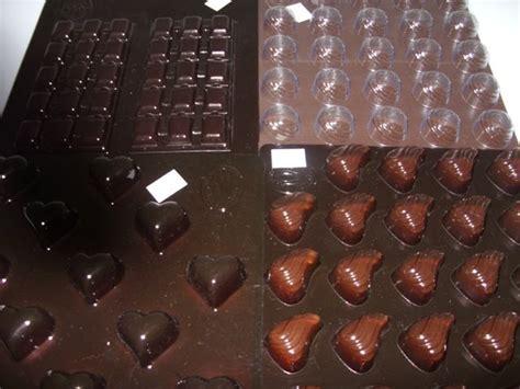 Cetakan Coklat 2 Dimensi 1 aneka cetakan coklat